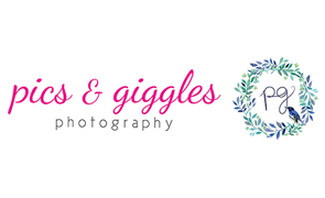 Pics & Giggles Sign
